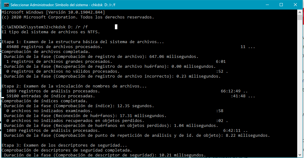 CHKDSK es una utilidad de Windows que te permite localizar y reparar archivos y sectores defectuosos en tu disco duro