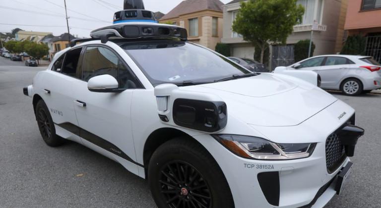 carro robot de Waymo